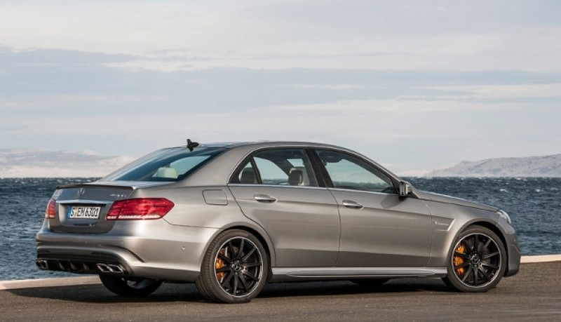 Mercedes E63 AMG 4MATIC