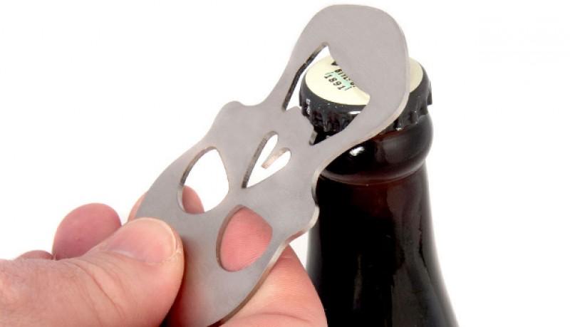 Abridor de botellas calavera