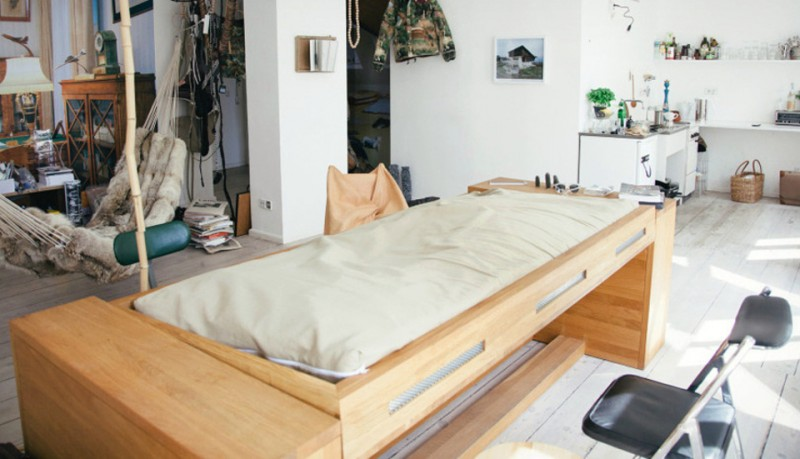 Escritorio que se transforma en una cama